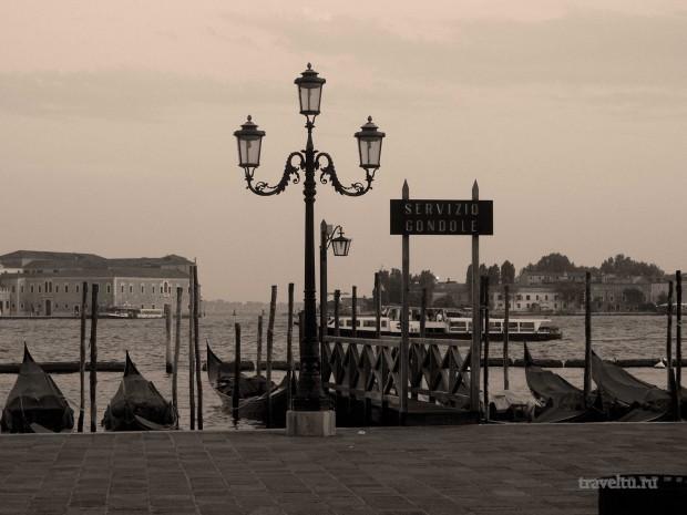 Гондолы, гондольеры и страшный скрежет. Венеция гондолы