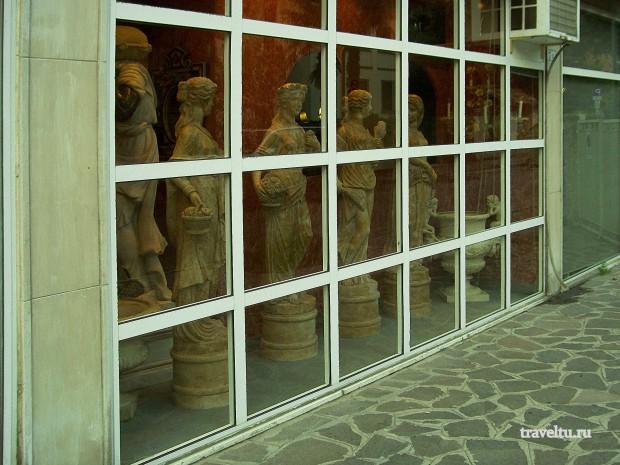 Остров Лидо. магазин скульптур