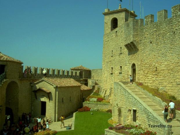 Поездка из Римини в Сан-Марино. Внутри крепости