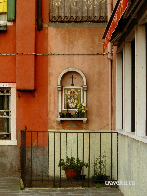 Остров Мурано. Улица. Икона