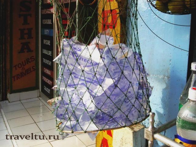 Вода в пластиковых пакетах