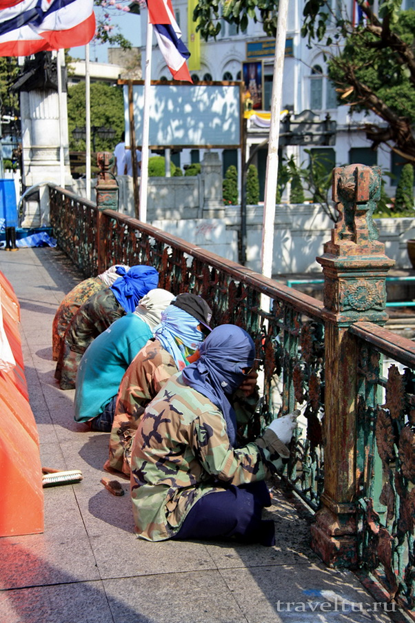 Каналы Бангкока. На мосту