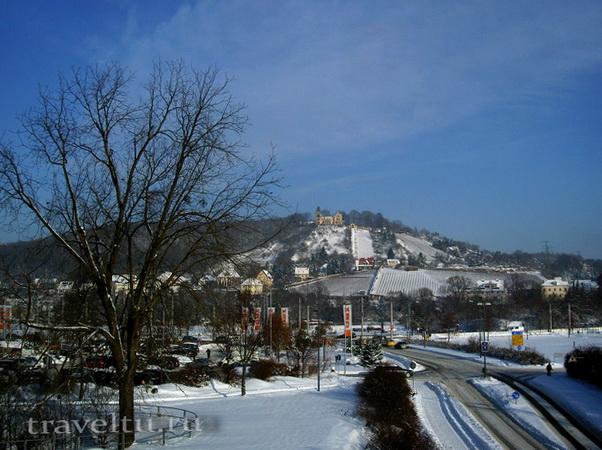 Город и замок