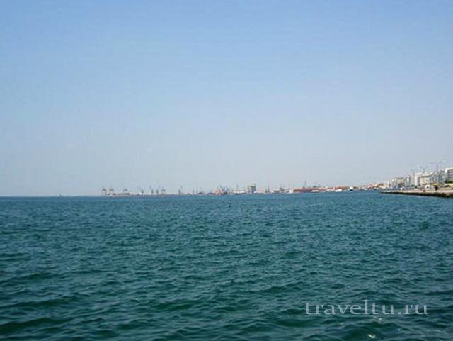 Набережная и порт в Салониках