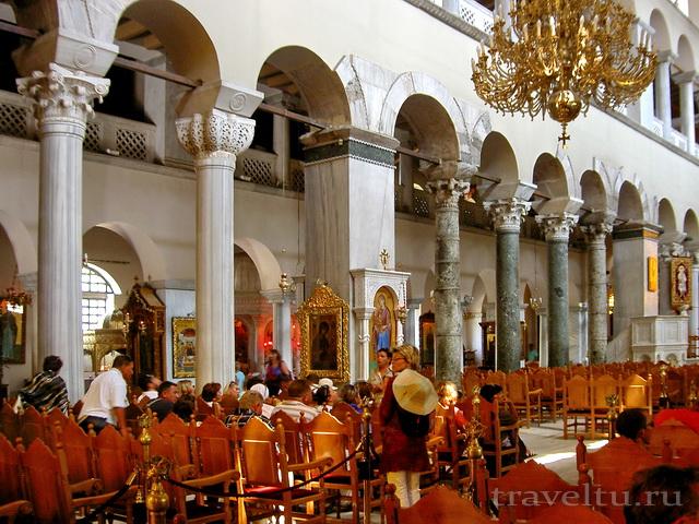 Салоники Греция. Внутри храма Дмитрия Солунского