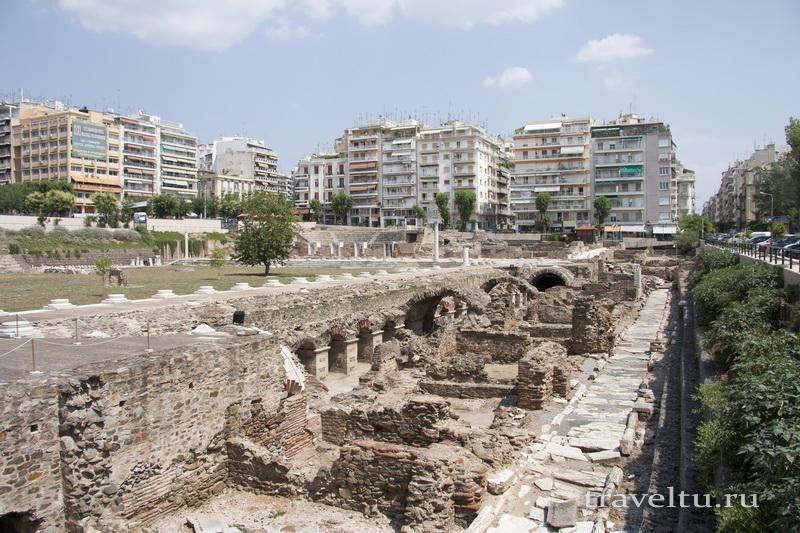 Салоники греция. Двор