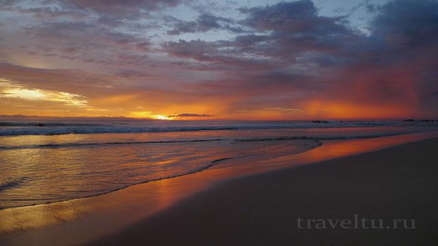Шри-Ланка. Закат на пляже Унаватуна