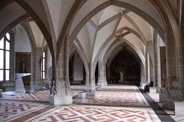 Замок Альбрехтсбург. Интерьер замка