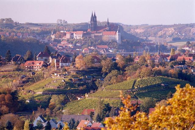 Замок Альбрехтсбург со стороны Эльбы