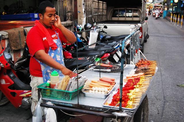 Особенности национального отдыха в Паттайе. улицы Паттайи