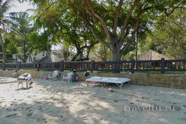 Курорты Тайланда. Ча-Ам Массаж на пляже