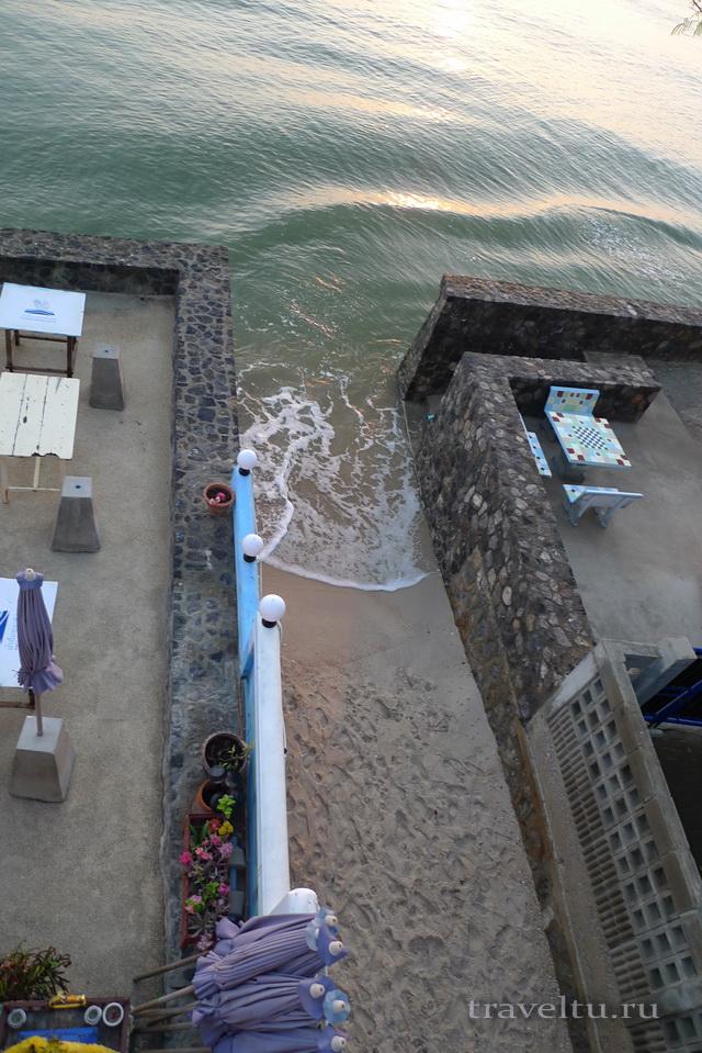 Курорты Тайланда. Ча-Ам утро два отеля