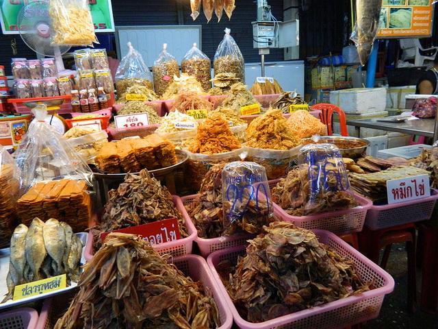 Курорты Тайланда. Ча-Ам. Рынок 2