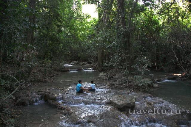 Река у нашего дома