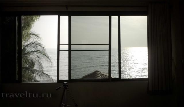 Отель в Ча-аме. Таиланд. Наш номер окно