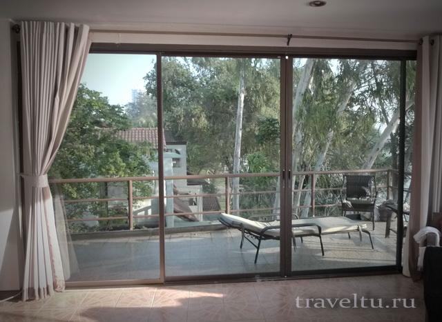 Отель в Ча-аме. Таиланд. Наш номер. Балкон