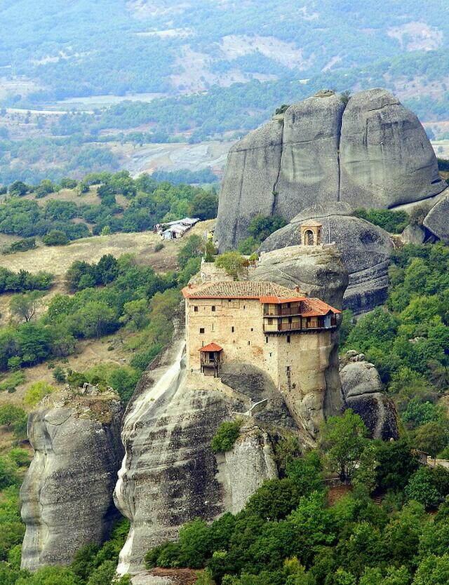 Монастыри Метеоры. Монастырь Святого Николая Анапавсаса