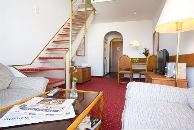 Отель Derag Livinghotel Maximilian в Нюрнберге