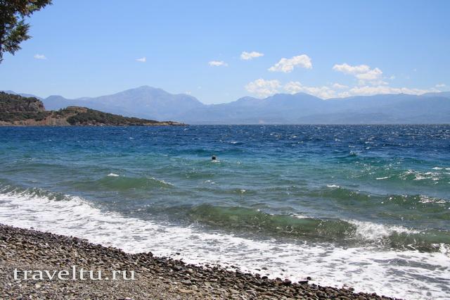Пляж между Дельфами и Патрами