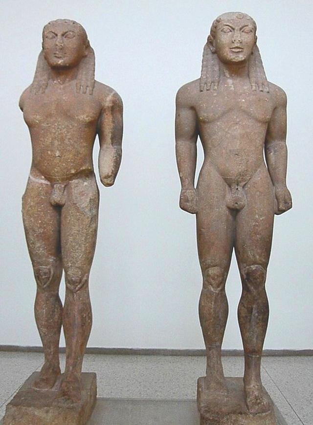 Археологический музей в Дельфах Куросы