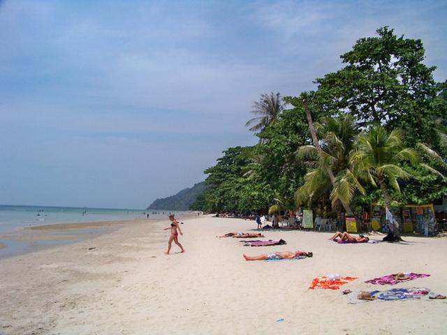 Отдых на пляже White sand beach