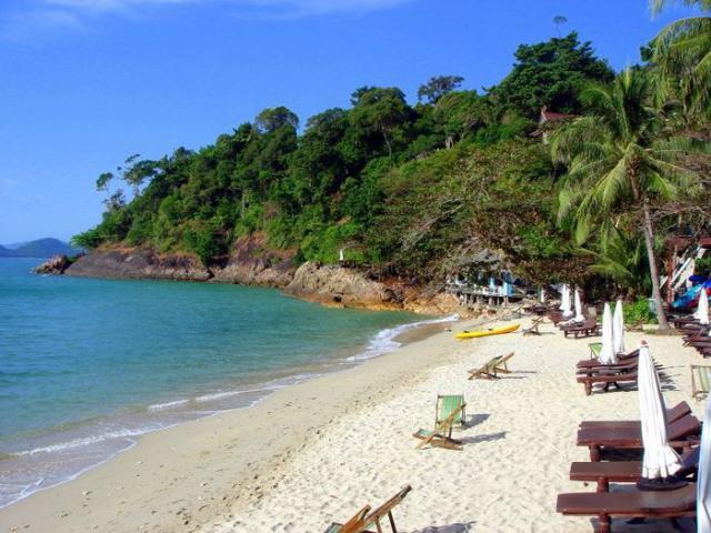 Приватный пляж Kai Bae