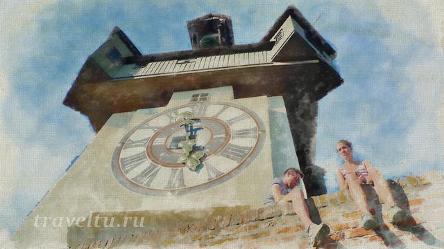 Часовая башня в крепости Шлоссберг