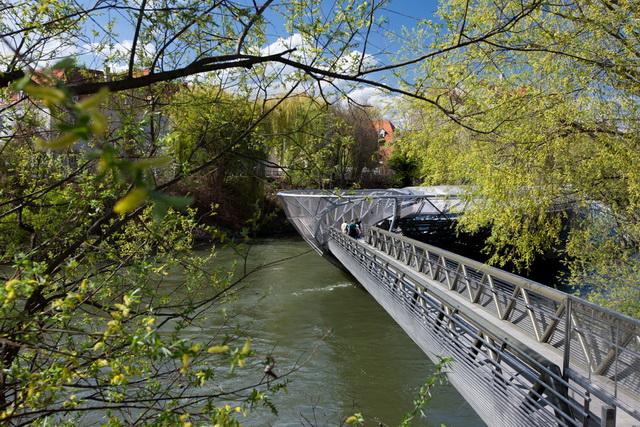 Мост к крепости Шлоссберг