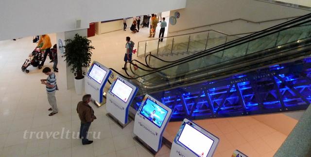 Эскалатор на 0 этаж Океанариум