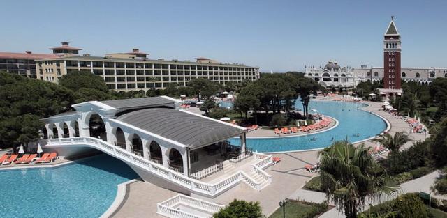 Отель Venezia Palace Deluxe Resort Hotel 5