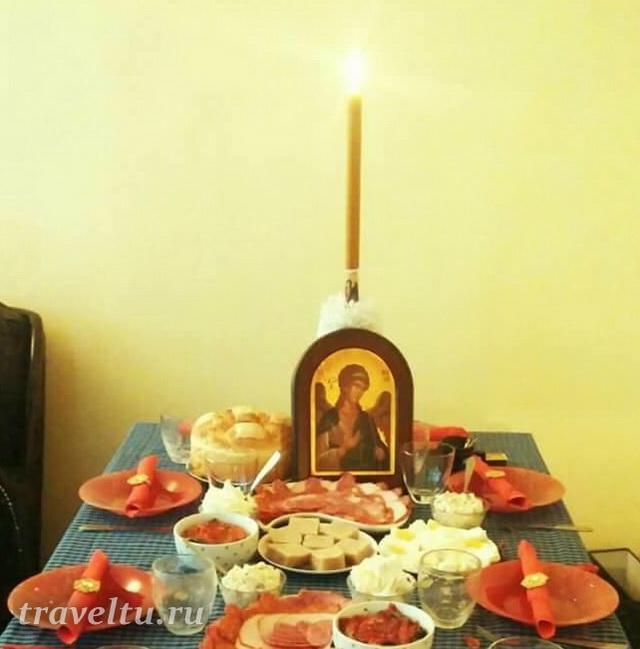 Пример стола на Славу