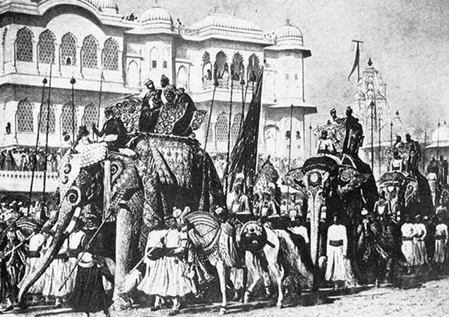 Процессия английских и туземных властей в Джайпуре («Будущий император Индии»). 1875–1879 гг.