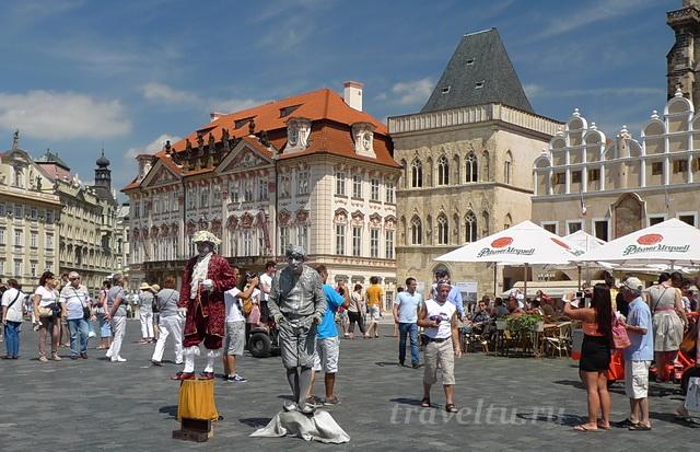 Дворец Кинских в Праге. Мимы