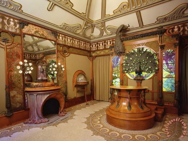 Интерьер парижского магазина. А. Муха