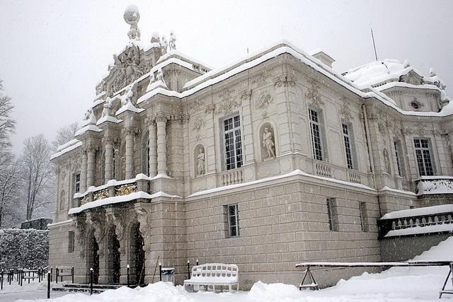 Замок Линдерхоф
