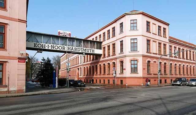 Карандашная фабрика Koh-i-noor