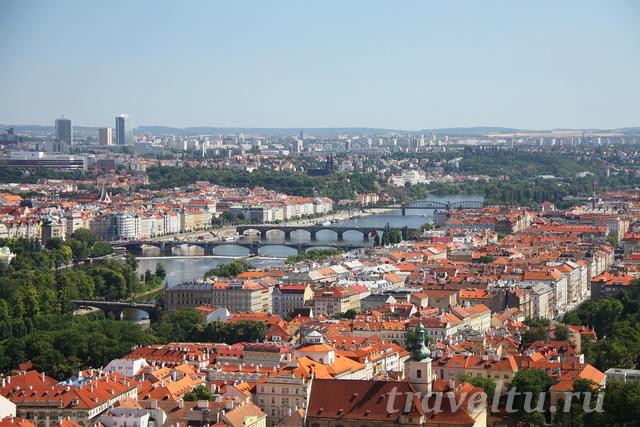 Прага с собора св. Вита