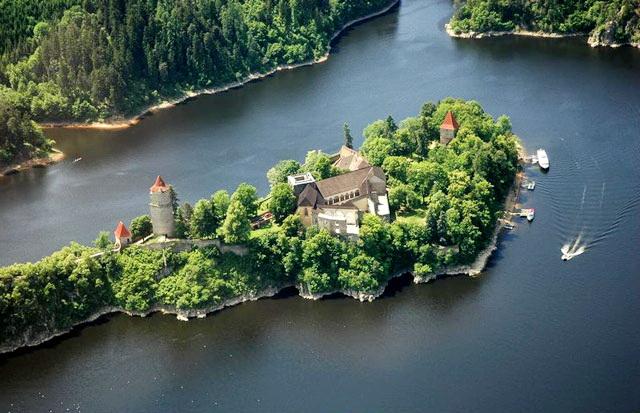 Замок Звиков вид сверху