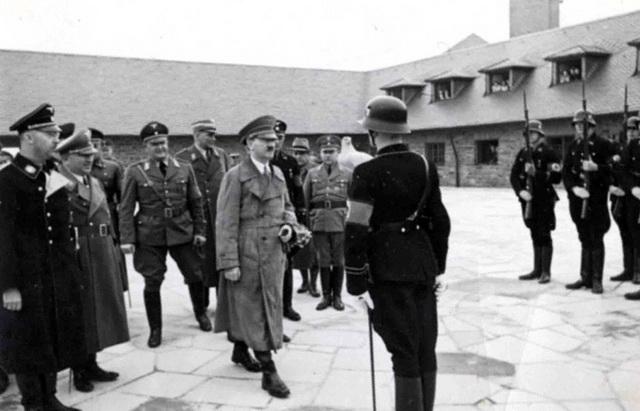 Гитлер в Заксенхаузене
