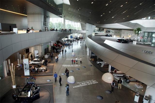 Экспозиции в музее БМВ