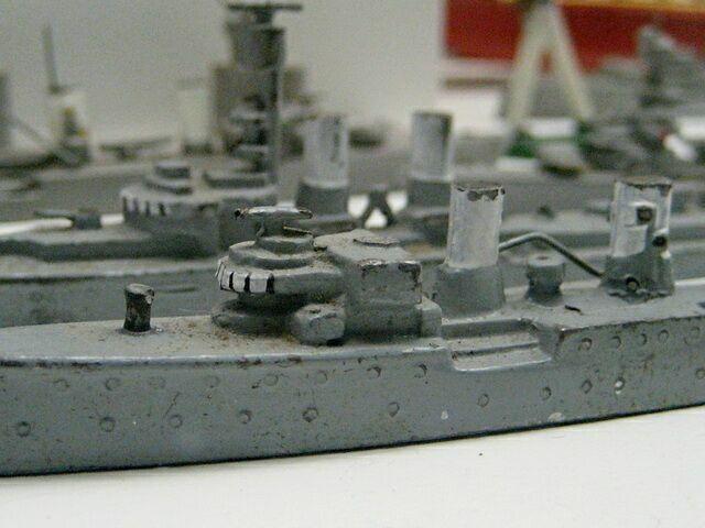 Модели металлических кораблей