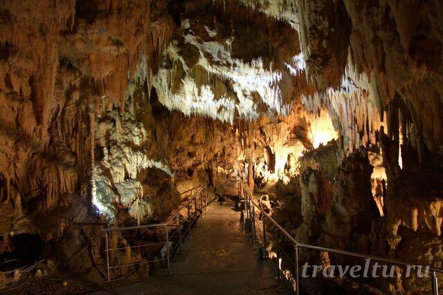 Пещера Диру 8