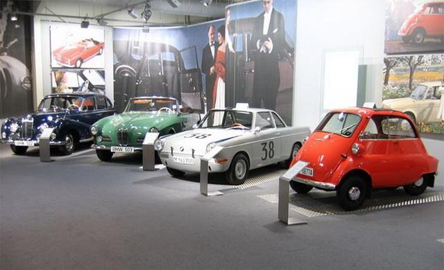 Старые модели автомобилей
