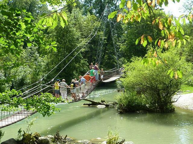 мост в зоопарке Мюнхена