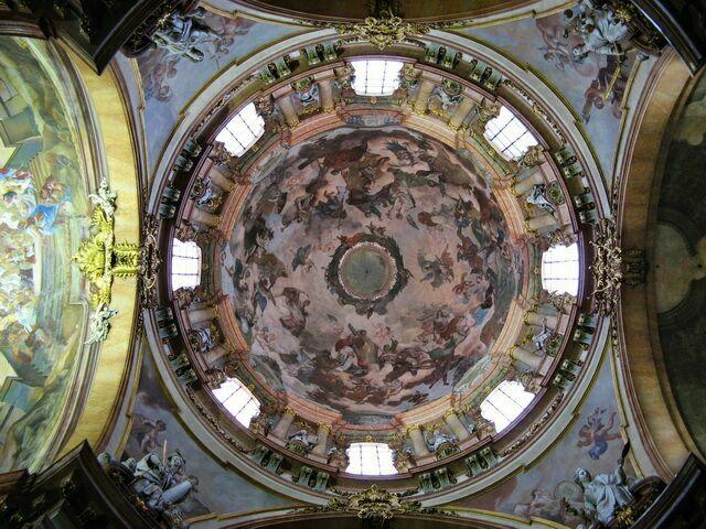 Купол костела Святого Николая