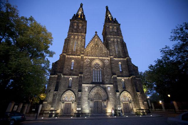 Базилика святых Петра и Палва Прага