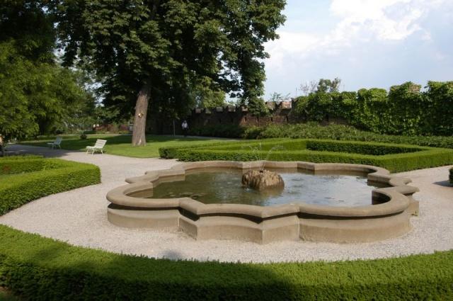 Королевский пражский сад