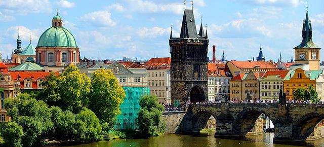 Староместская мостовая башня в Праге