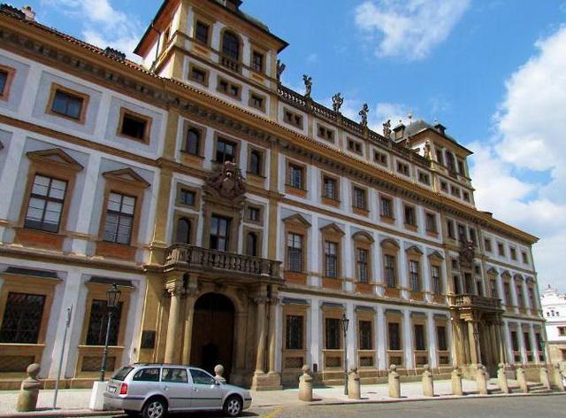 Тосканский дворец