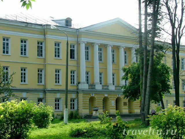 dvorets-gorenki